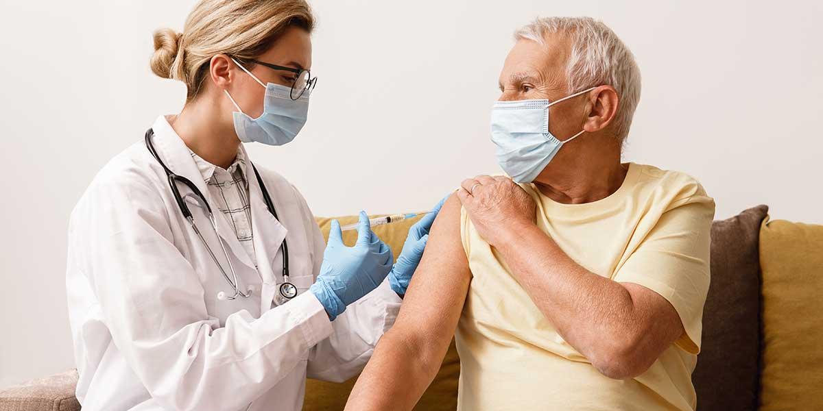 A importância da vacinação para o envelhecimento saudável